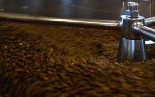 coffee roaster beans moving