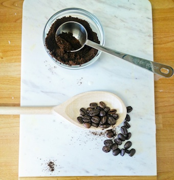 cooking-with-coffee-utensils-on-marble-chopping-board