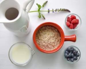 oat-milk-porridge-cup-glass-alternative-sustitute-milk-dairy-ideas