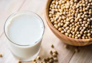 soy-milk-coffee-latte-milk-alternative